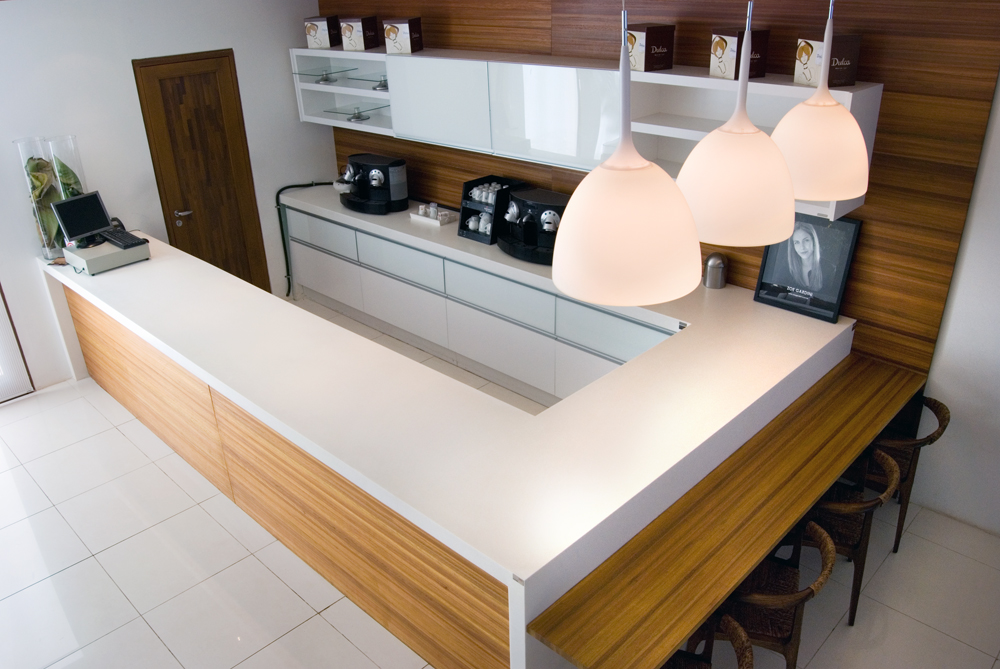 Bancada em Corian® para Cozinha  Studio Vitty # Bancada De Cozinha Em Pedra Sabao